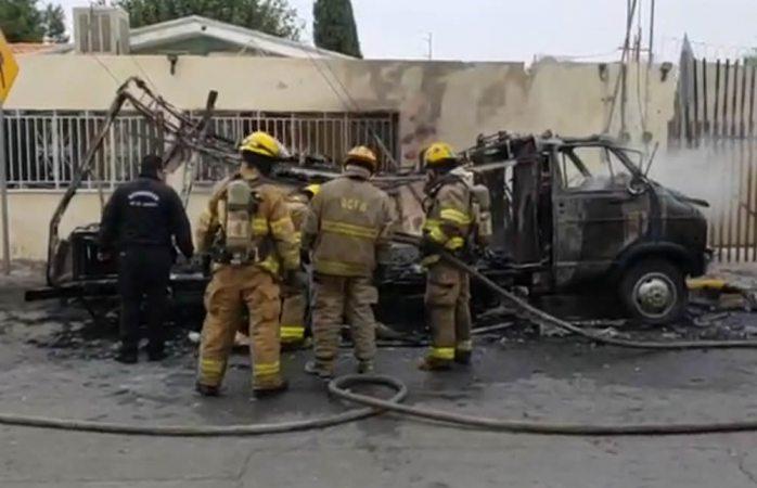 Prenden en llamas camión de comida en Juárez