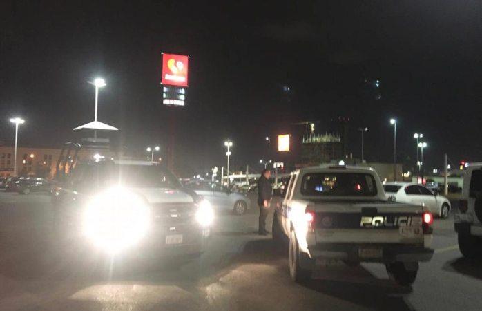 Movilización por sospechosos en plaza comercial