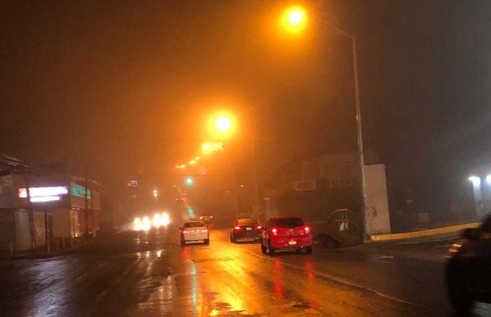Neblina paraliza la ciudad
