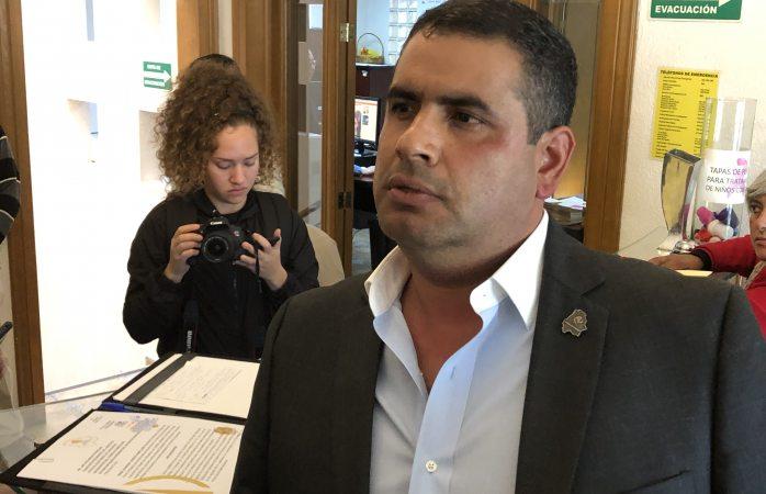Pide alcalde de Parral aplazar plebiscito aquí