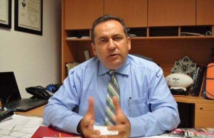Eligen a Rivera Campos como director de derecho