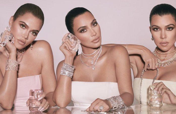 Kim kardashian luce anillo robado en parís