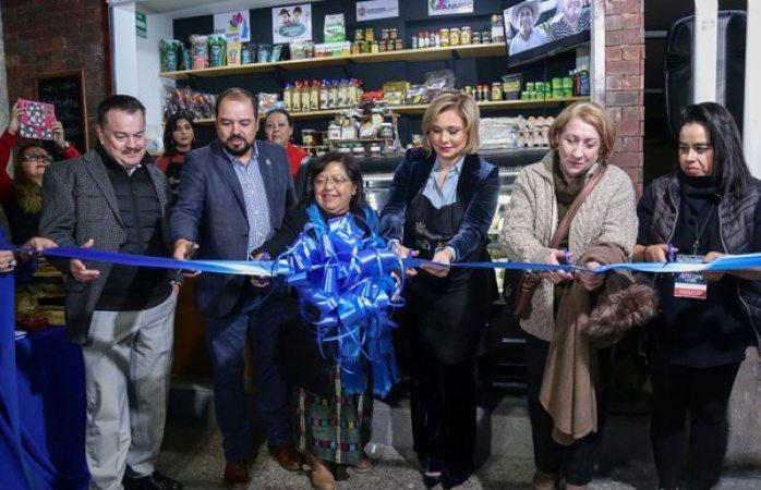 Inauguran ayuntamiento punto de venta de productos agroalimentarios chihuahua local