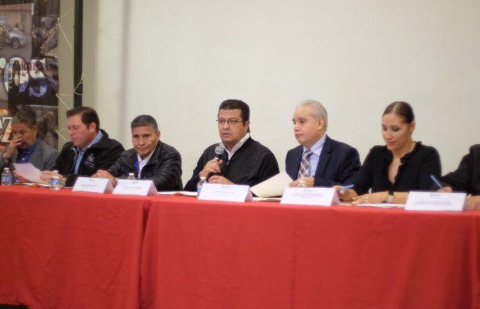 Encabezó alcalde sesión del consejo municipal de protección civil