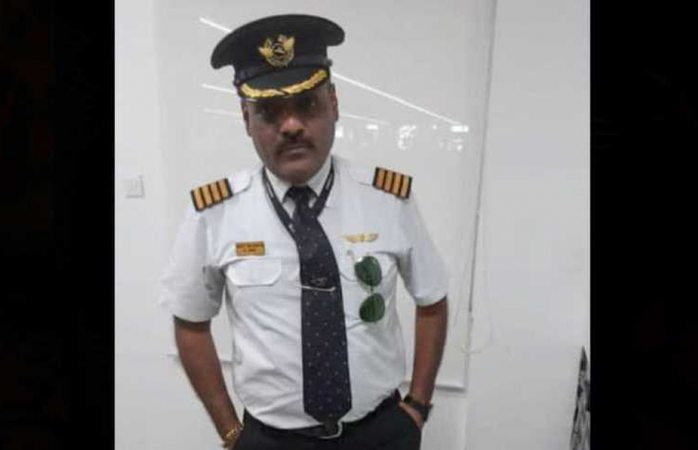 Lo arrestan por disfrazarse de piloto para no hacer filas en aeropuertos