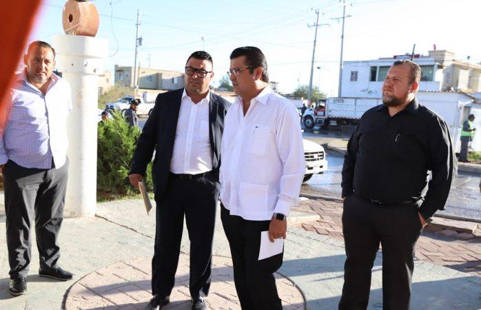 Encabeza alcalde de Juárez operativo de limpieza en villa residencial del real