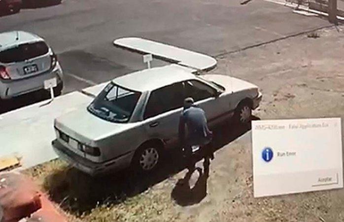 Captan en video a robacarros