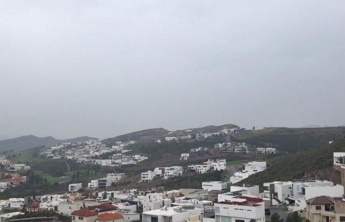 Pronostican lluvias durante todo el domingo