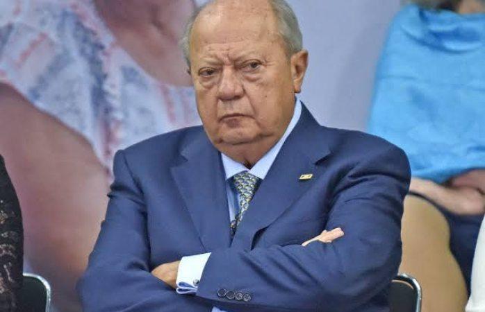 Presenta su renuncia romero deschamps