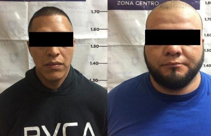 Detienen a dos por robo en tiendas de autoservicio