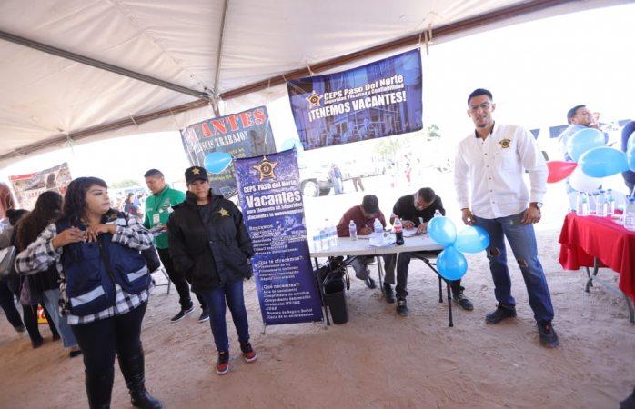 Ofrecen puestos de trabajo en la feria independiente de servicios municipales