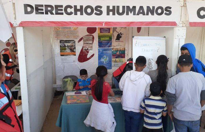 Promueven derechos de niños y adolescentes en feria independiente de servicios