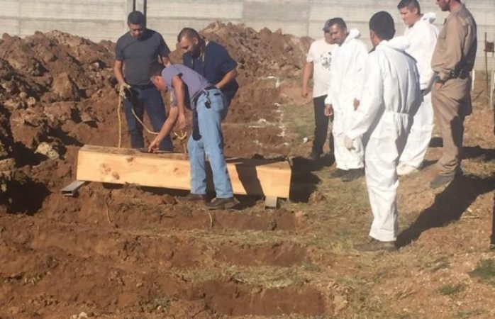 Sepultan treinta cuerpos sin identificar en cuauhtémoc
