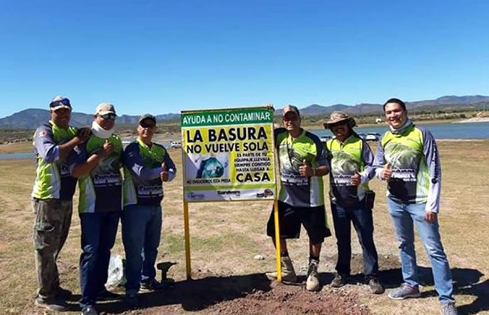 Continua club de pesca survivors limpiando la presa chihuahua