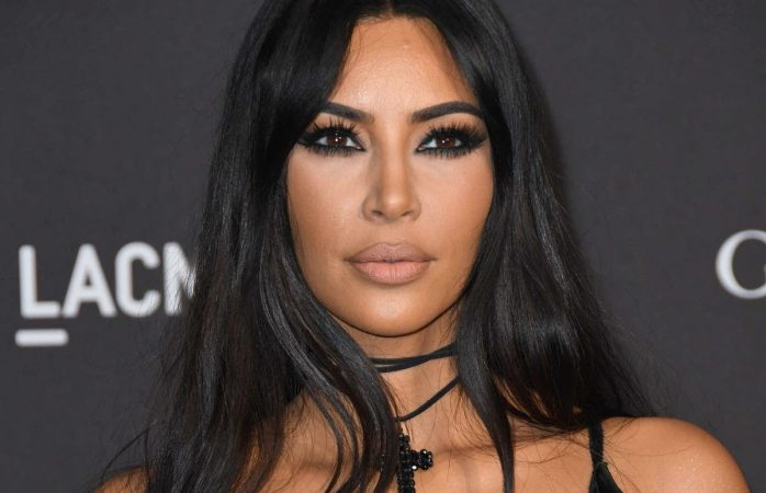 Devastada kim kardashian  al dar positivo en lupus