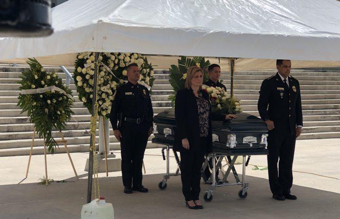 Rinden honores a policía muerto