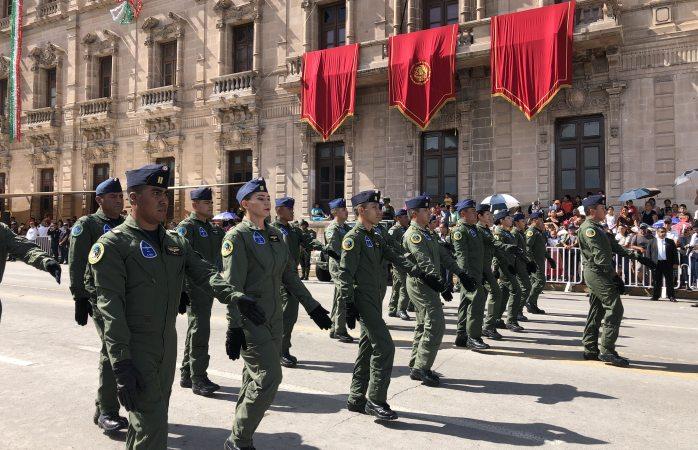 Arranca desfile del 16 de septiembre