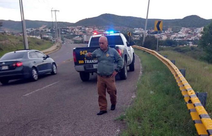 Trailero graba extorsión; policías lo llevan hasta cajero (VIDEO)