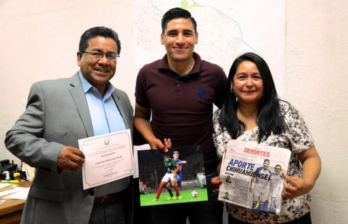 Agradece futbolista juarense apoyo otorgado por funcionarios
