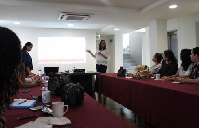 Se capacita instituto municipal de las mujeres en tema de trata de personas