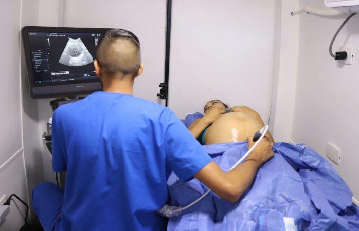 Da arranque servicio de clínicas móviles