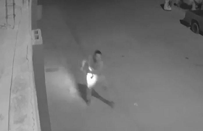 Arranca cámara de casa para robársela (VIDEO)