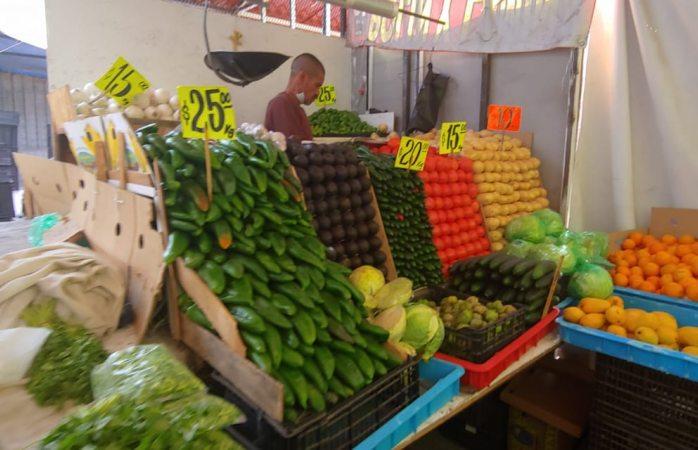 Preocupa desabasto y precio del huevo en mercado de la cuarta