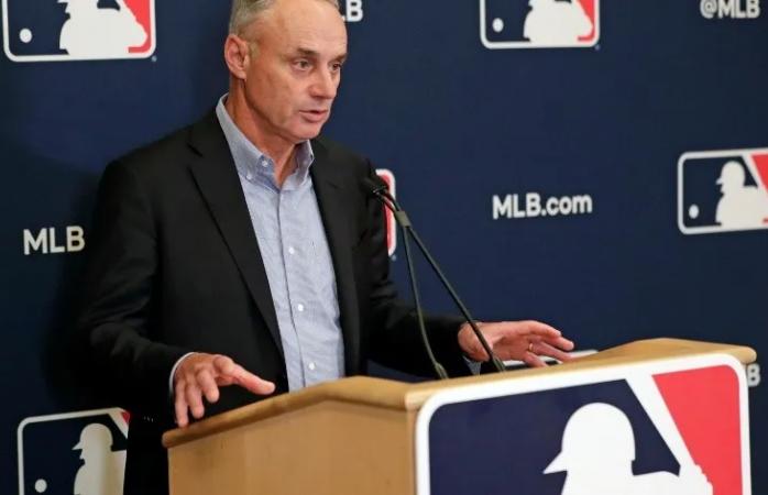 Asegura comisionado que no hay razón para suspender temporada de grandes ligas