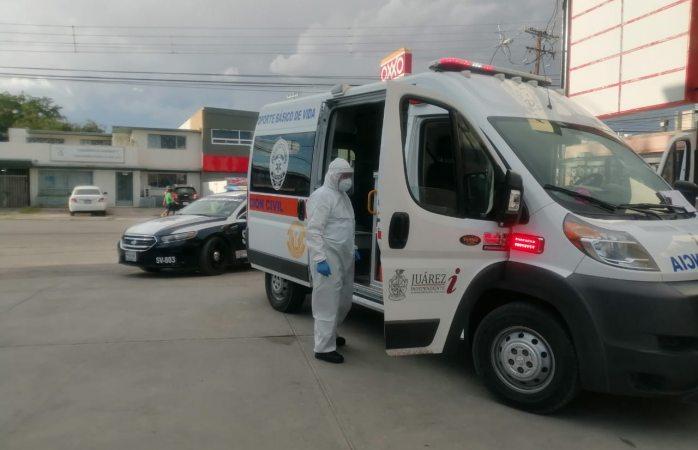 Atienden paramédicos a llamado por persona sin vida en domicilio y volcadura en juárez