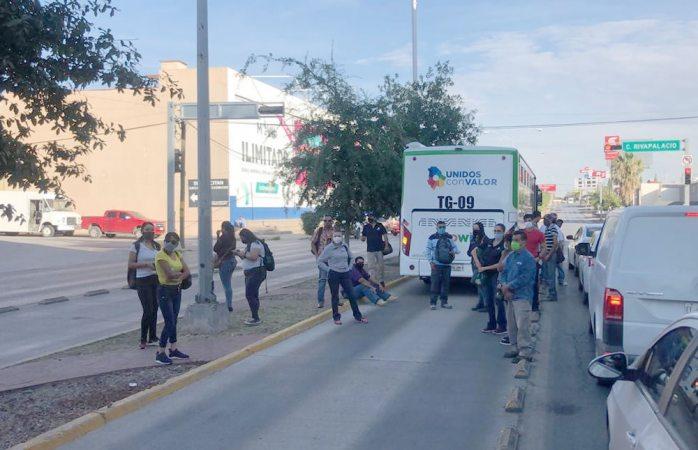Deja pasajeros varados nuevo camión de ruta troncal