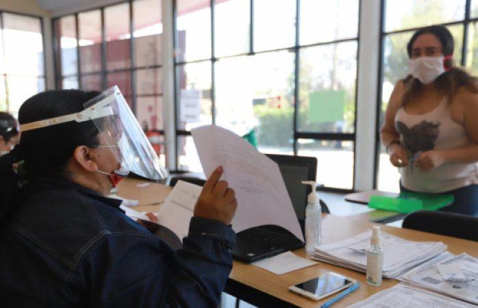 Sigue recepción de documentos y folios para becas escolares