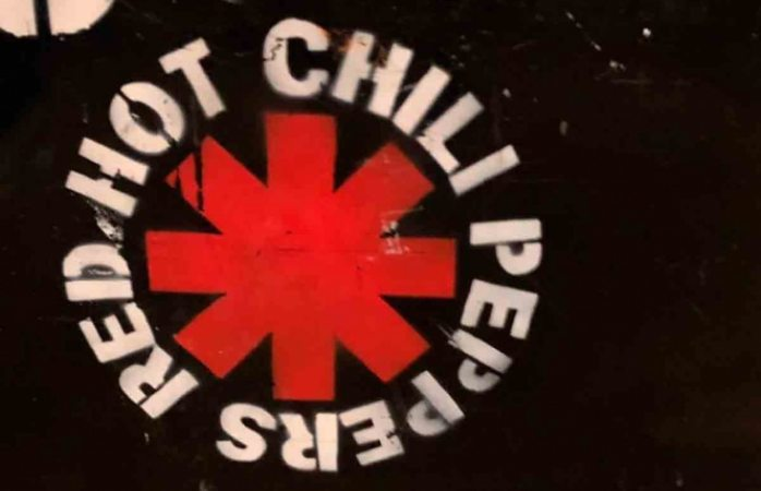 Red hot chili peppers podría estar preparando nuevo disco