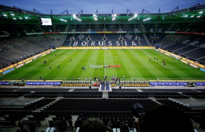 Acuerdan un protocolo para posible regreso de aficionados a estadios
