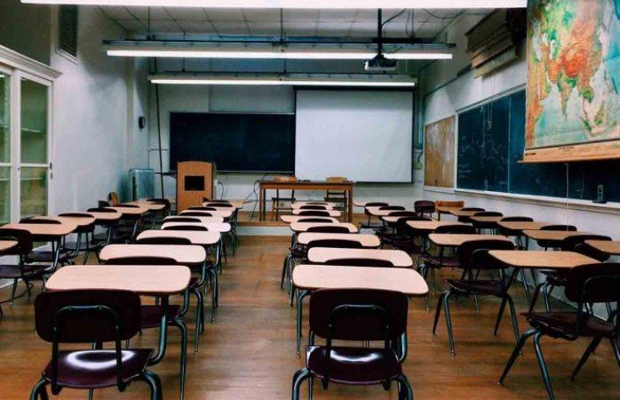 Sancionará sep a escuelas que abran antes del semáforo verde