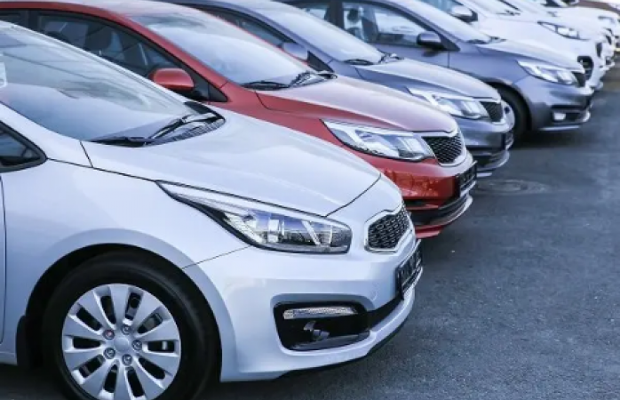 Automotrices detectan páginas apócrifas, alerta profeco