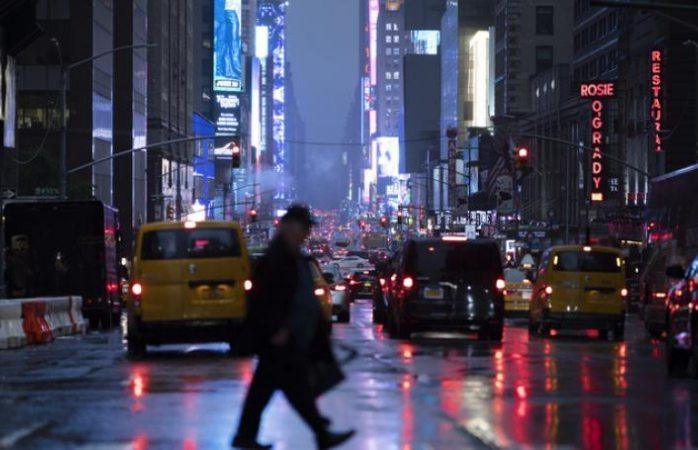 Se registra apagón masivo en Manhattan por fallas en el suministro eléctrico