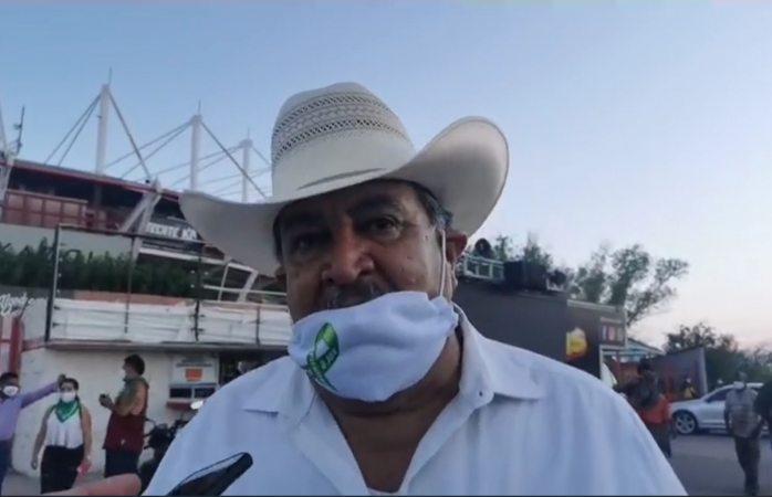 Corral tiene que salir a dar la cara por nosotros: Alcantar en mega protesta