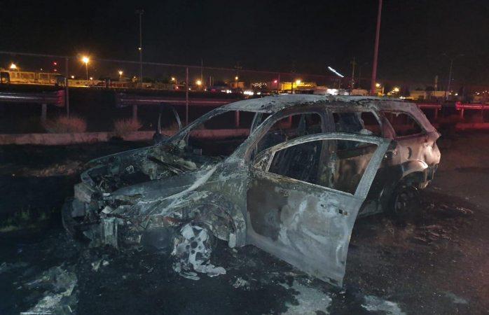 Se incendia camioneta en la fuentes mares