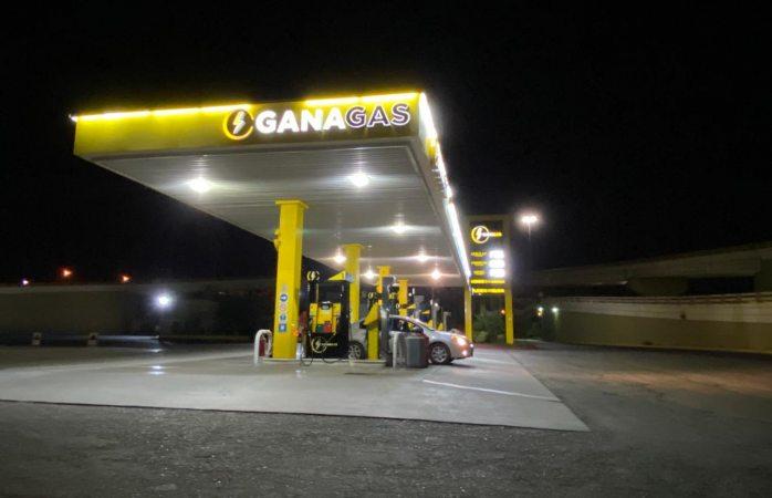Atracan gasolinera en lombardo toledano