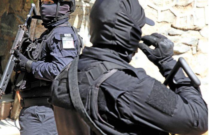 Van contra 19 exfuncionarios de la Policía Federal y la CNS