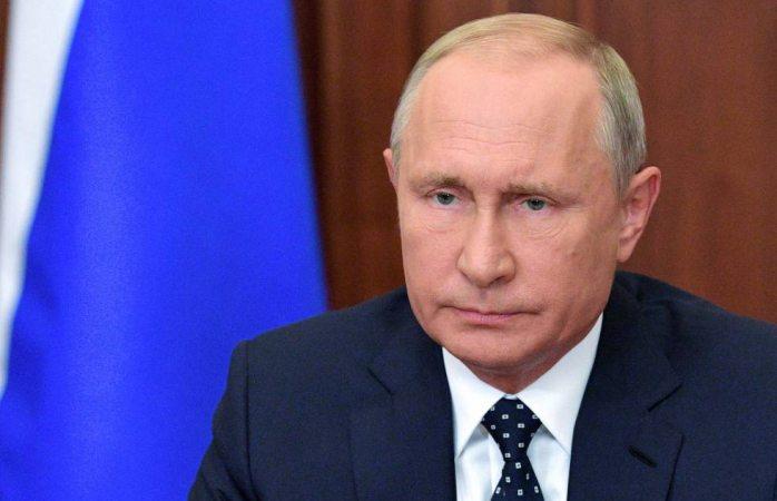 Hija de Putin recibe dosis de vacuna rusa anticovid