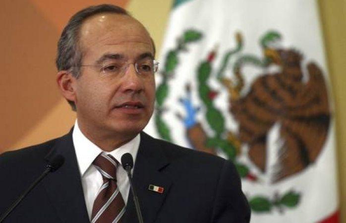 Soy perseguido político de López Obrador acusa Felipe Calderón