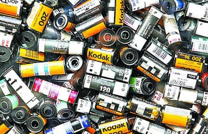 EU frena crédito y tira acciones de Kodak