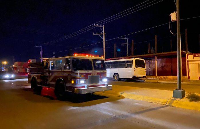 Se incendia autobús en riberas