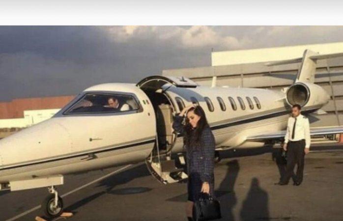 El jr de la 4t desata polémica al viajar en avión privado al super bowl