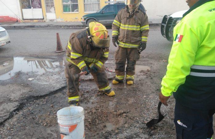 Atienden bomberos dos emergencias en diferentes hechos