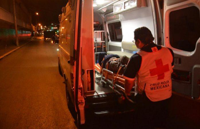 Resulta mujer con heridas leves al ser arrollada en pleno centro