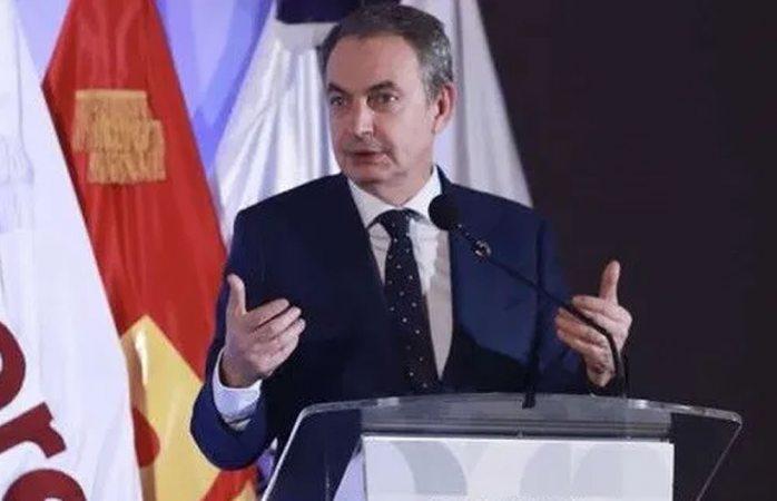 Rodríguez Zapatero celebra la detención de Emilio Lozoya