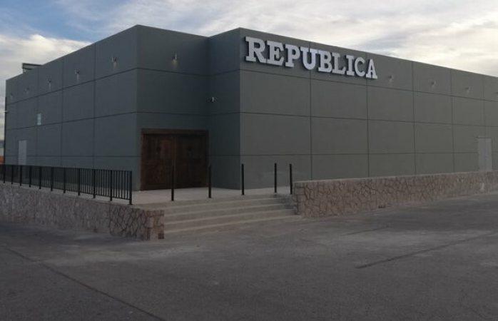 Clausura gobernación municipal antro república
