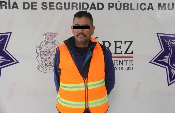 Arrestan municipales a uno en Parajes de San José